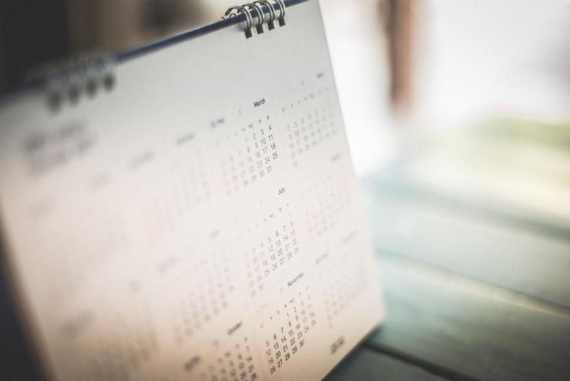 blurred out desk calendar